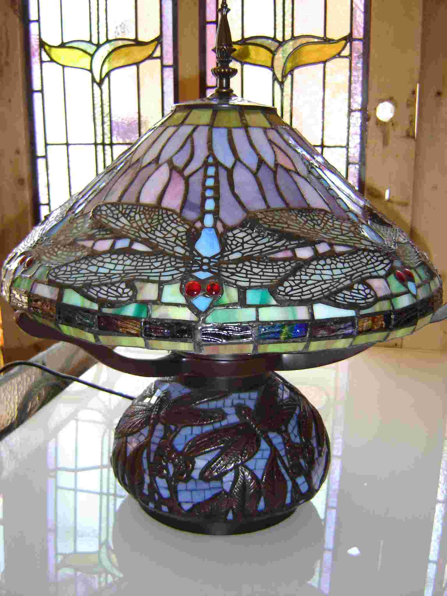 tiffany design lilac dragonfly lamp on mosaic metal and glass base. Black Bedroom Furniture Sets. Home Design Ideas